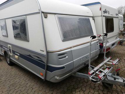 Wohnwagen Mit Etagenbett Und Einzelbetten : Wohnmobil wohnwagen suche