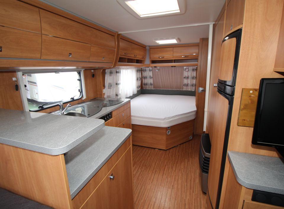 dethleffs camper 560 fr als pickup camper in bochum bei. Black Bedroom Furniture Sets. Home Design Ideas