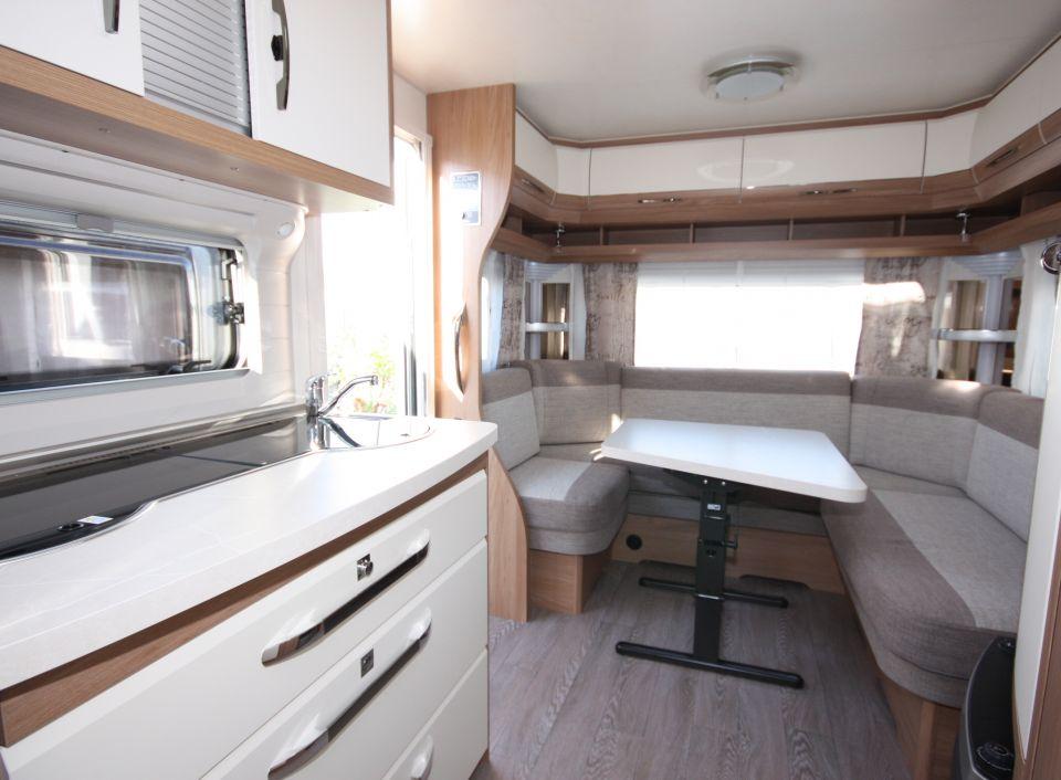 hobby de luxe 495 ul als pickup camper in stralsund bei. Black Bedroom Furniture Sets. Home Design Ideas